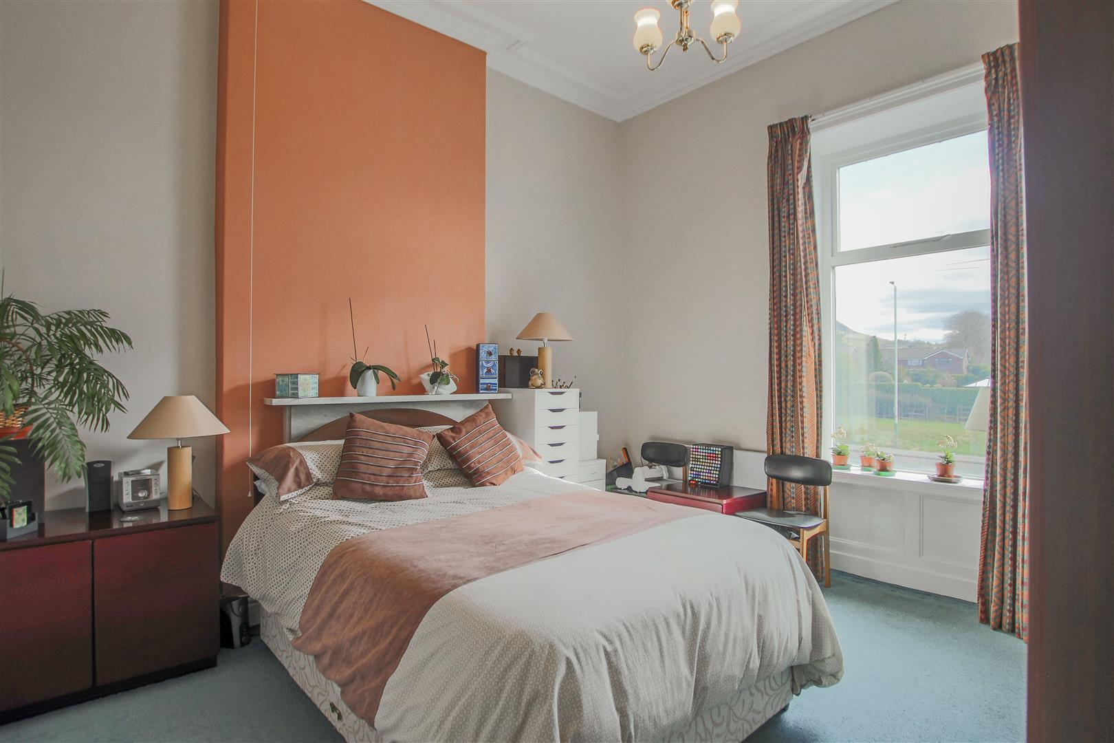 3 Bedroom Mid Terrace House For Sale - 25.JPG